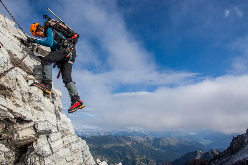 Klettersteigset Verleih Garmisch : Klettersteige rund um das zugspitzgebiet in garmisch partenkirchen